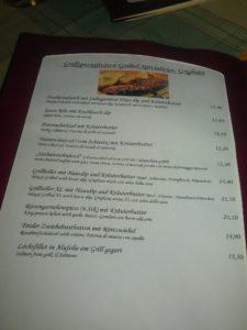 Foto von einem Teil der Speisekarte mit Grillspezialitäten
