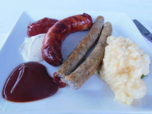 Blick auf mein Essen bei der Vorabendparty des Barcamps Stuttgart