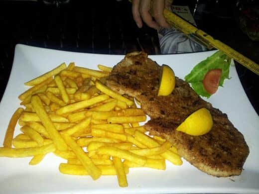 Schnitzel im Mr. Big's American Diner