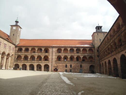 Bild vom Innenhof der Plassenburg