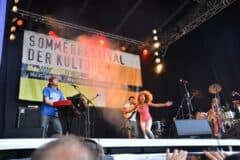 Flavia Coelho auf dem Sommerfestival der Kulturen 2013