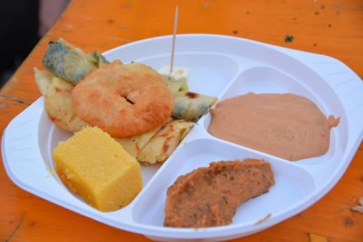 gemischter Teller von verschiedenen Ländern Nordkaukasiens