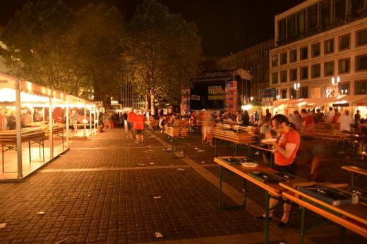 Beginn des abbaus auf dem Sommerfestival der Kulturen 2013