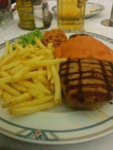 Biftekti im Artemis Essen