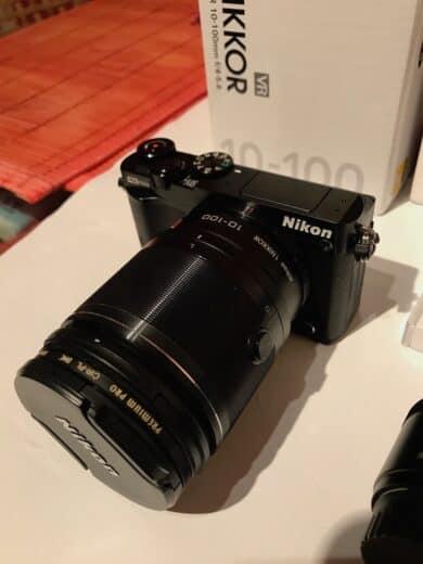 Nikon 1J5 mit 10-100 mm Objektiv