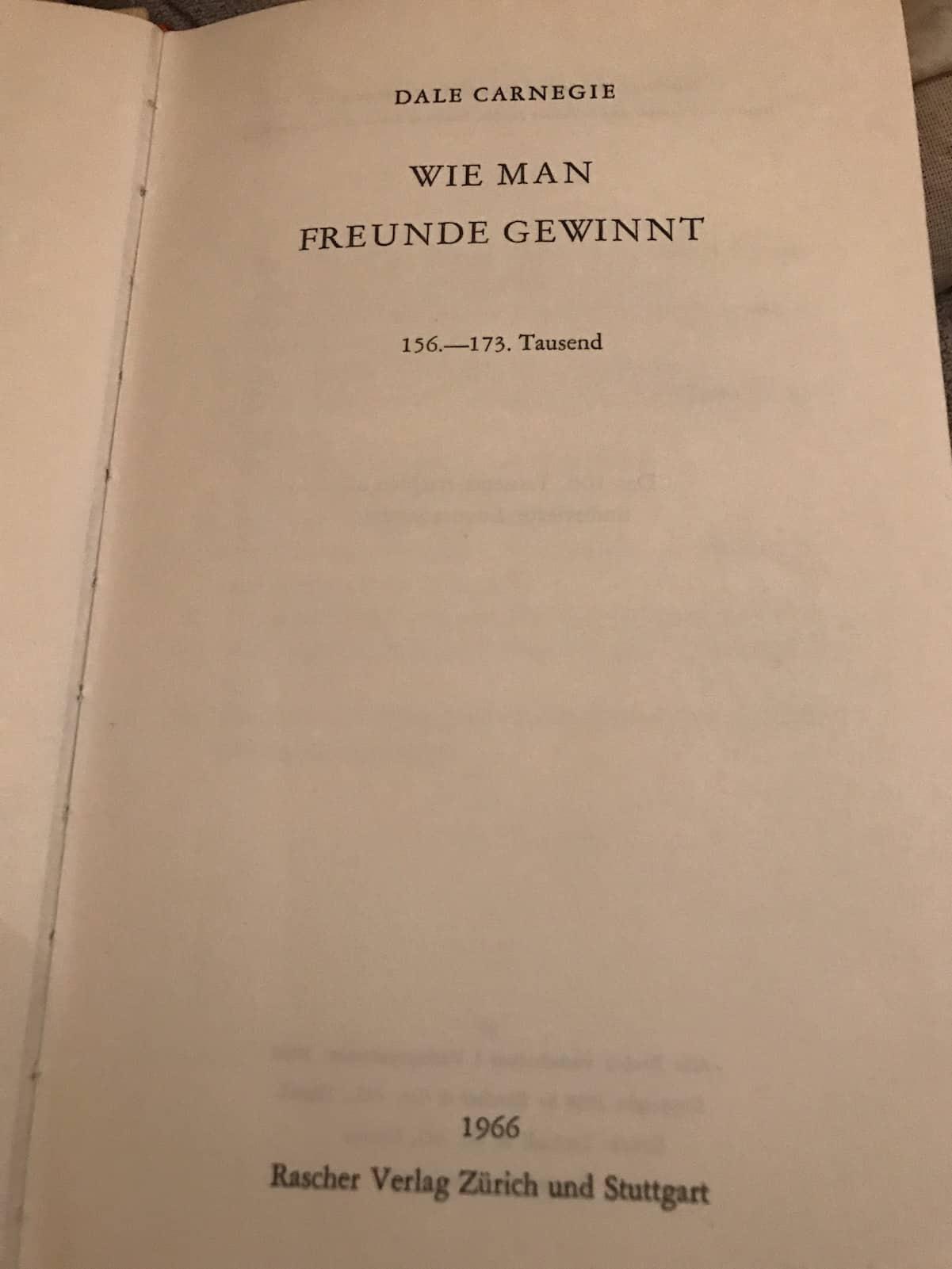 """Meine Ausgabe von """"Wie man Freunde gewinnt"""" aus 1966"""