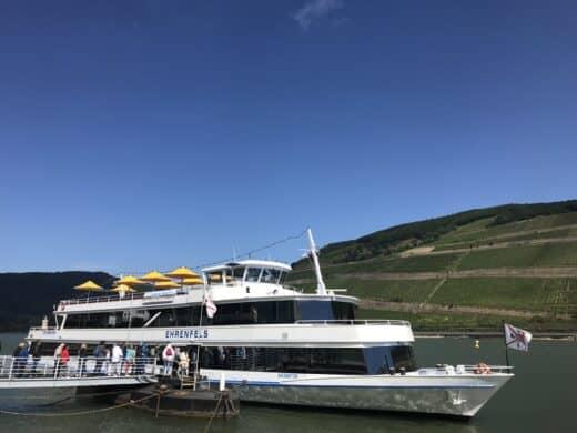 Boarding der MS Ehrenfels als Riverboat Shuffle