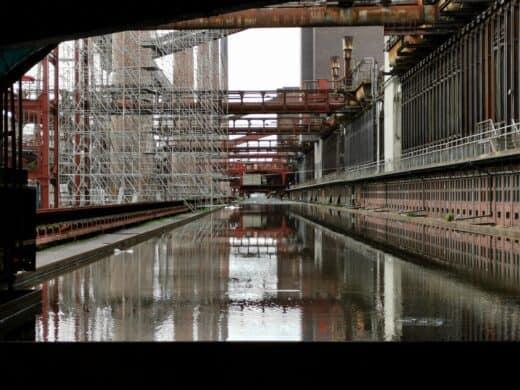 Wahnsinn, wie viele verschiedene Eindrücke es hier in der Zeche Zollverein gibt... hier hinter der Kokerei
