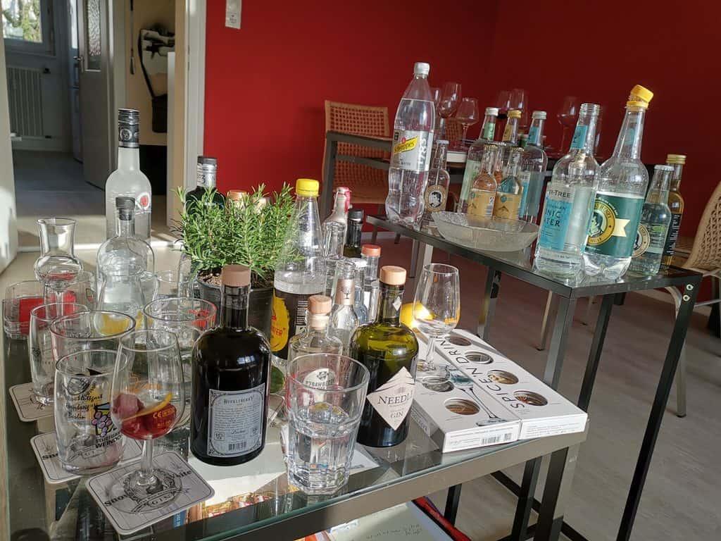Gin Tonic Schlachtfeld am nächsten Tag ...