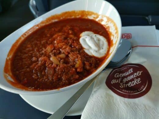 Das Chili con Carne im ICE der Deutschen Bahn