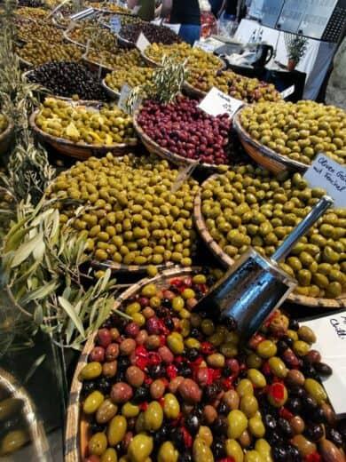 Oliven, so weit das Auge reicht...
