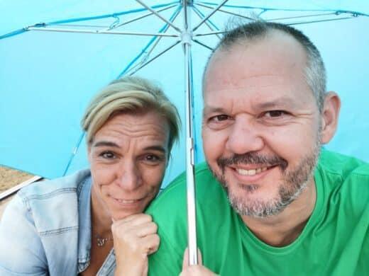 Einer der Regenmomente - Nic und ich lassen uns die Laune aber nicht verderben :)