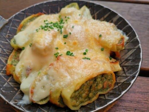 Maultaschen mit Käse überbacken im Tobis in Stuttgart