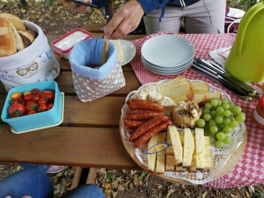 Das von Birte zusammengestellte Picknick regional