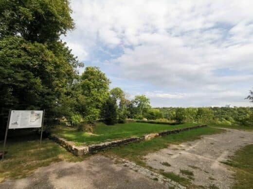 Die Reste der Engelburg über Mühlhausen