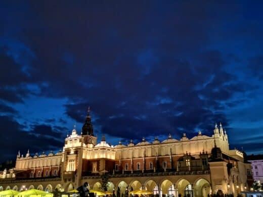 De Burg Wawel Krakau bei Nacht