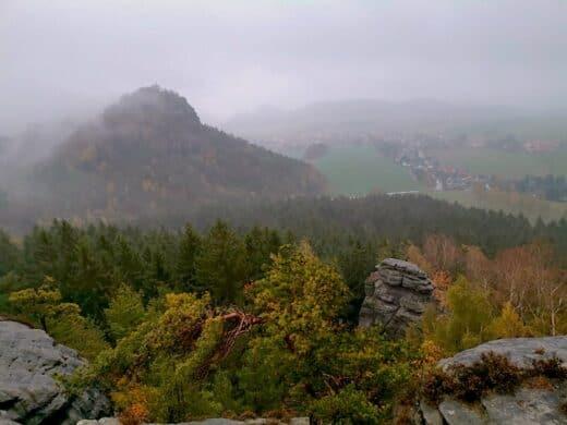 Ausblick mit schöner Herbststimmung am Gohrisch