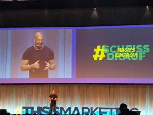 Detlef D Soest bei seinem Vortrag auf der #thisismarketing