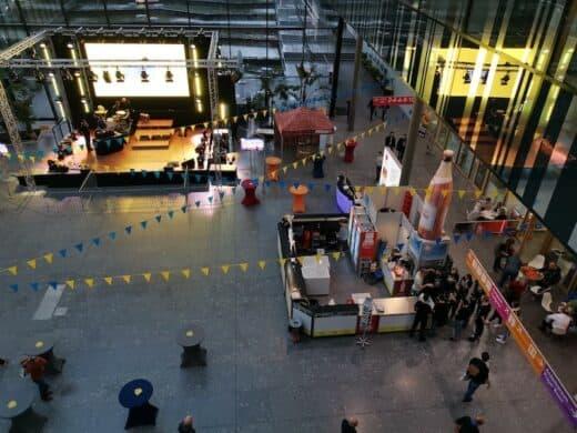 Aufbau zur CMT Night 2020 auf der Messe Stuttgart