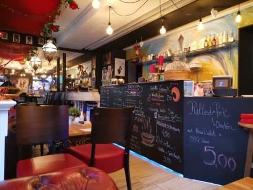 Theke im Piano Café Lysdorss