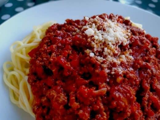 Spaghetti mit Bolognese zum Reinlegen