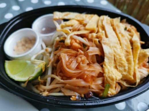 Leckeres Pad Thai vom Kwan Kao abgeholt