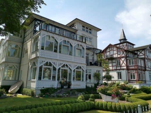 Eines der zahlreichen schönen Häuser in Binz an der Strandpromenade