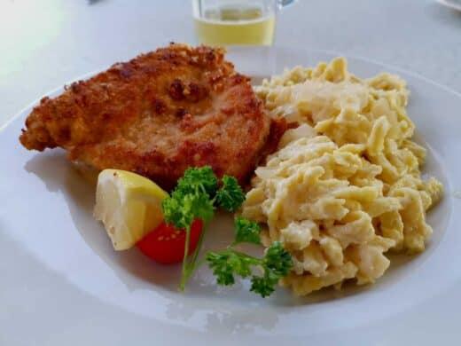 Cordon Bleu mit Kässpätzle im Haus am See Stuttgart (Max-Eyth-See)