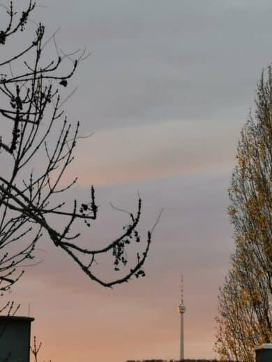 Ein wenig rötlicher Morgen und der Stuttgarter Fernsehturm
