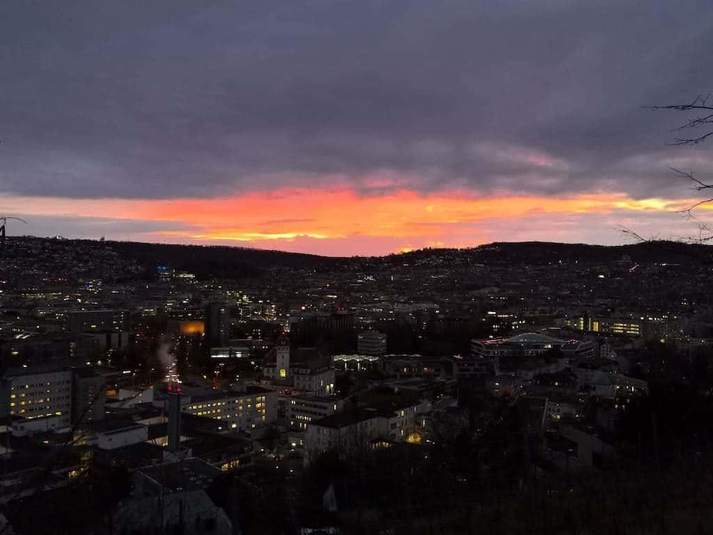 Schönen Sonnenuntergang mit Aussicht gab es am Dienstag