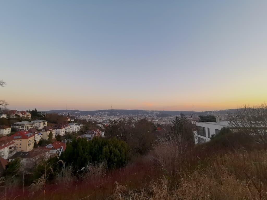 Die letzten Reste des Sonnenuntergangs über Stuttgart