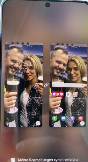 Als HIntergrundbild wieder das Bild, das Nic und mich zeigt: Stunden bevor wir zusammenkamen :)