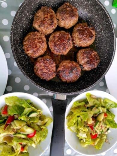 #LowCarb Fleischküchle mit Salat