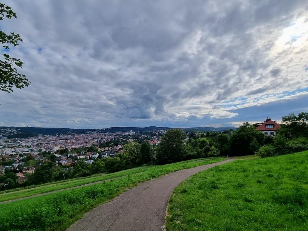 Aussicht kurz unterhalb des Bismarckturms in Stuttgart