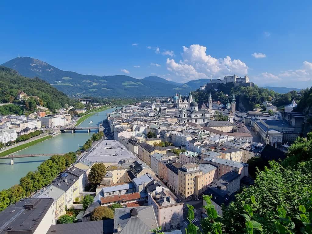 Ausblick auf Salzburg kurz hinter dem Museum der Moderne